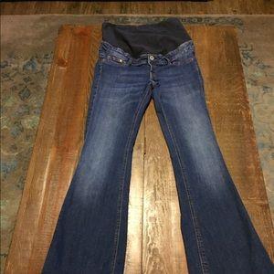 Denim - NWOT H&M women's Maturity Flare Jeans Size is 10